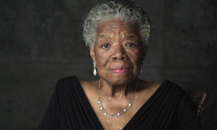 """Maya Angelou: """"Kafesteki Kuşların Neden Şarkı Söylediğini Biliyorum…"""""""