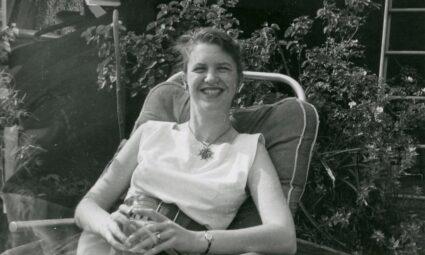 25 şubat 1956: Sylvia ve Ted Hughes'ın edebi bir efsane niteliğindeki ilk karşılaşmaları