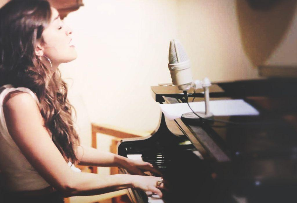 Back to Black – Typh Barrow (Amy Winehouse Cover)