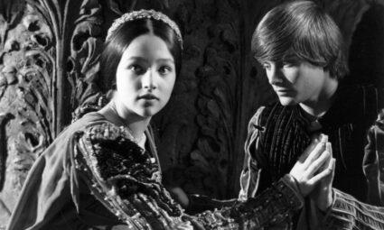 Shakespeare'in Kadın Kahramanlarının Tek Boyutluluktan, Feminizme Doğru Gelişimi
